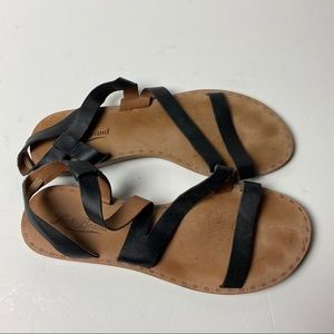 LUCKY BRAND Flat Leather Strap Sandals